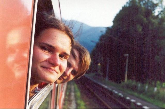 Lenka a Radim cestou ve vlaku