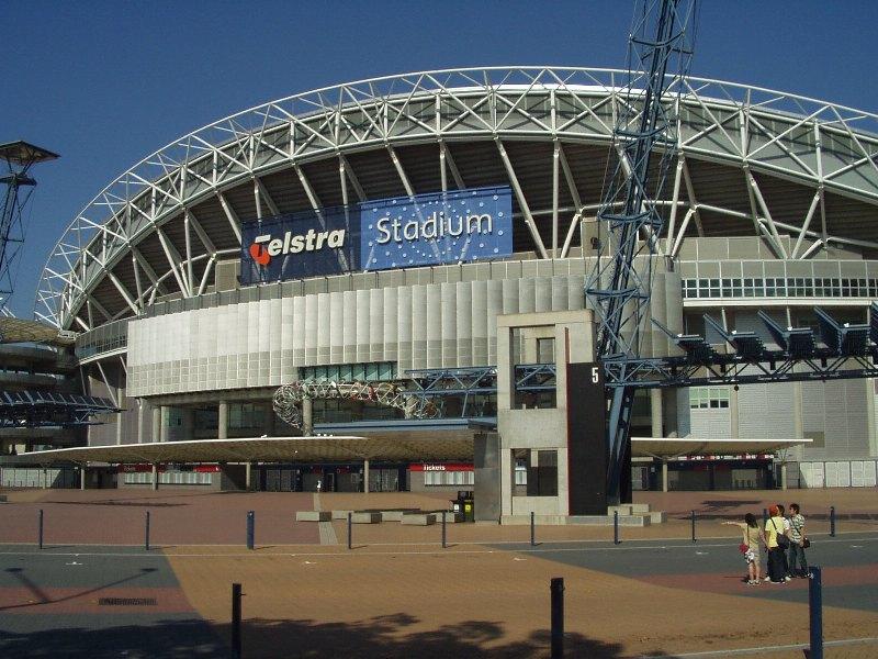 Olympipc stadium - nyní Telstra stadium (Telstra je operátor)