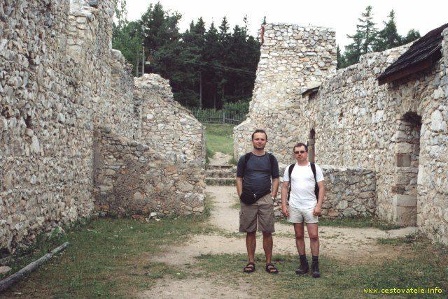 Já s Jardou v klášteře na Kláštorisku