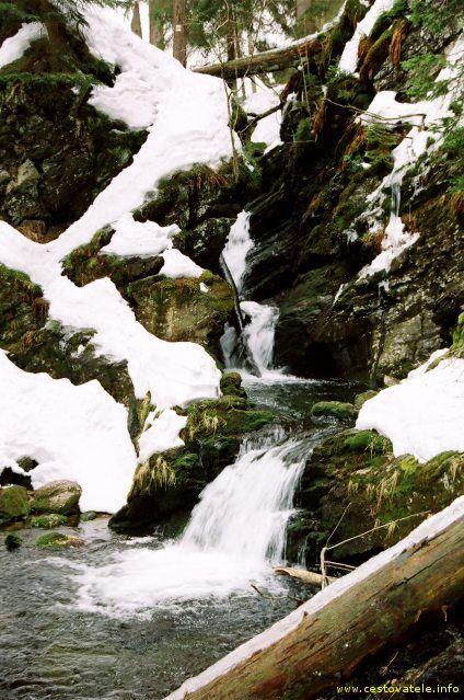 Sníh na řece Bílá Opava