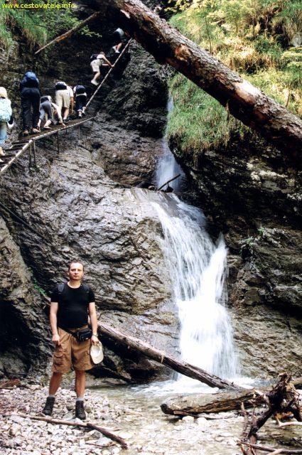 Já (Radim Dostál) u jednoho z vodopádů v roklině Suchá Belá