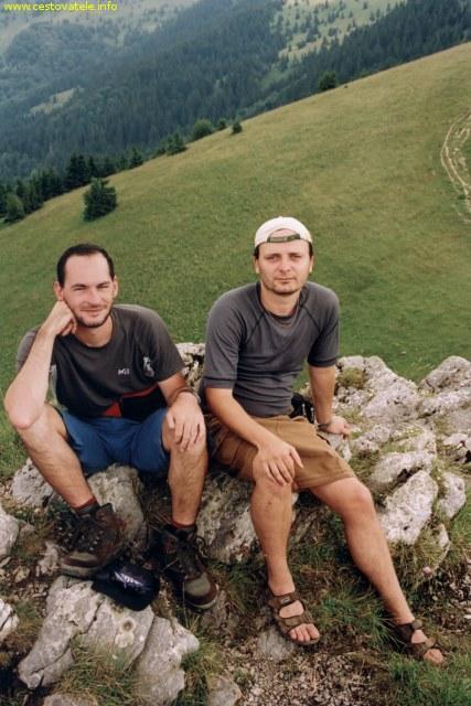 Já (Radim Dostál) a Albert kousek od Kráľovej studny v pohoří Velká Fatra na Slovensku.