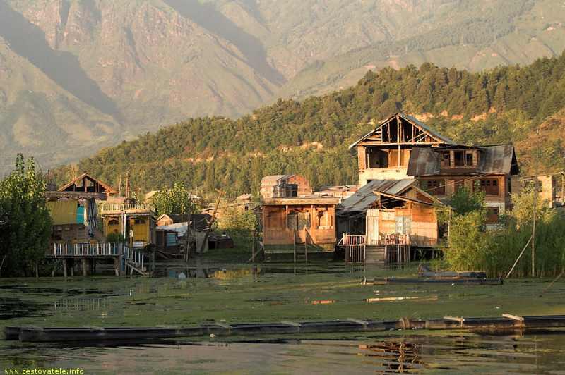 Odvrácená strana Dal Lake