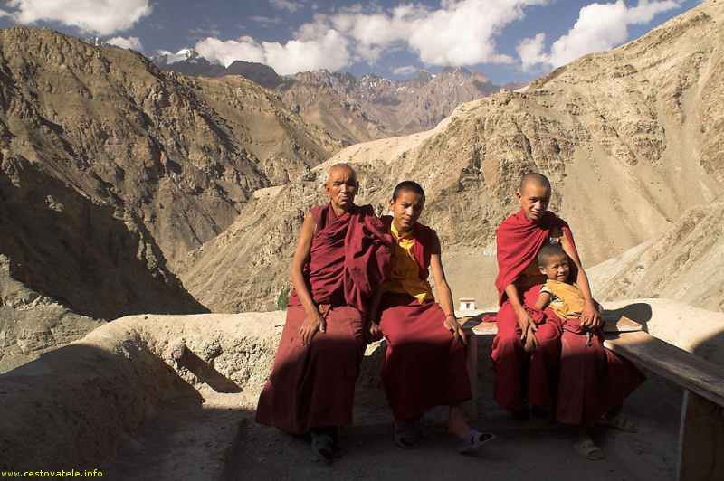mniši kláštera Ridzong