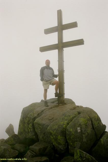 Já (Radim Dostál) na vrcholu Ďumbier (2043,4 m. n. m.) v pohoří Nízké Tatry