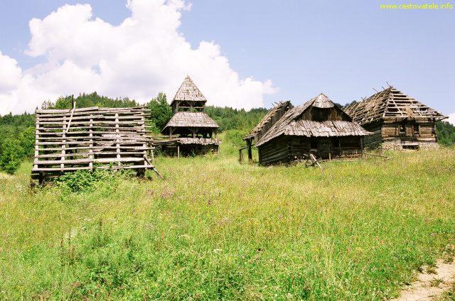 Dřevěnice mezi Šafranovou a Lesnicí