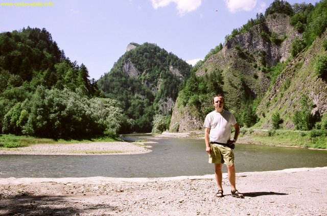 Já (Radim Dostál) na Pieninské cestě u řeky Dunajec v pohoří Pieniny