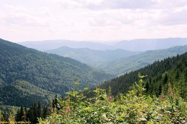 Výhledy cestou z vrcholu Stolica