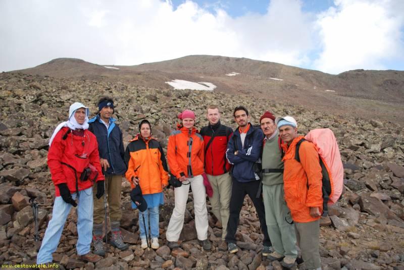 Se skupinou Iránců pod Aragacem
