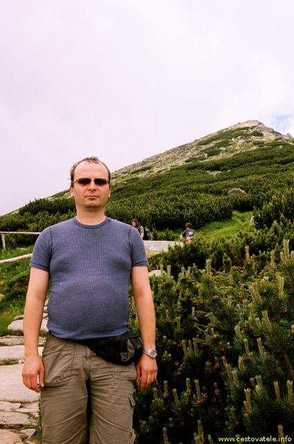 Já (Radim Dostál) u Chaty pod Soliskom, v pozadí vrchol před Predným Soliskem - Vysoké Tatry