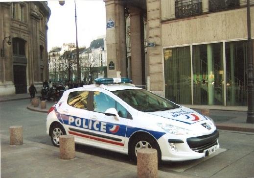 Paříž - Policejní vůz