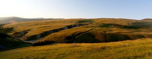Pohled na planinu Culmea Dragsanu