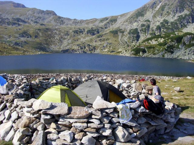 Stanování u jezera Bucura - Retezat, Rumunsko