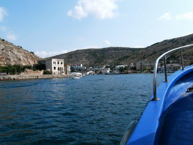 Balaklava při pohledu z moře