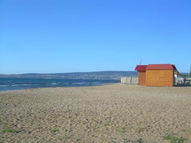 Pláž ve kempu u Feodosie