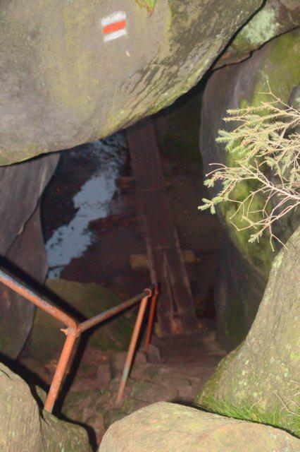 Jeskyně Kovárna - Broumovské stěny
