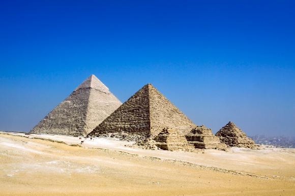 Pyramidy - Egypt