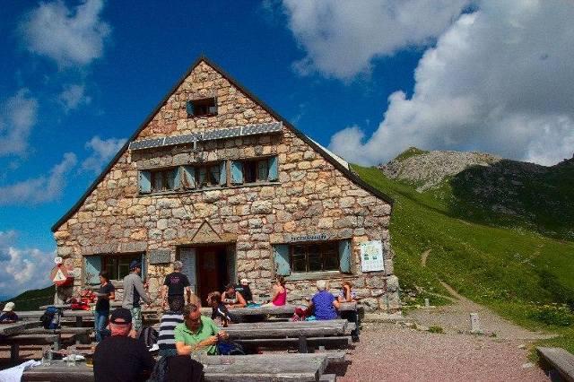 Pfälzerhütte - Lichtenštejnsko, Rakousko