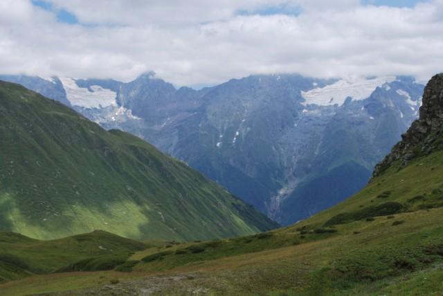 Výhled na Velký Kavkaz