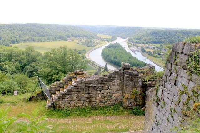Na hradě Poilvache