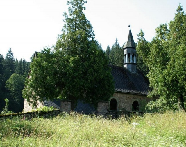 Pustý kostel Okrzesyn
