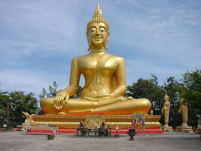 Velký zlatý Budha