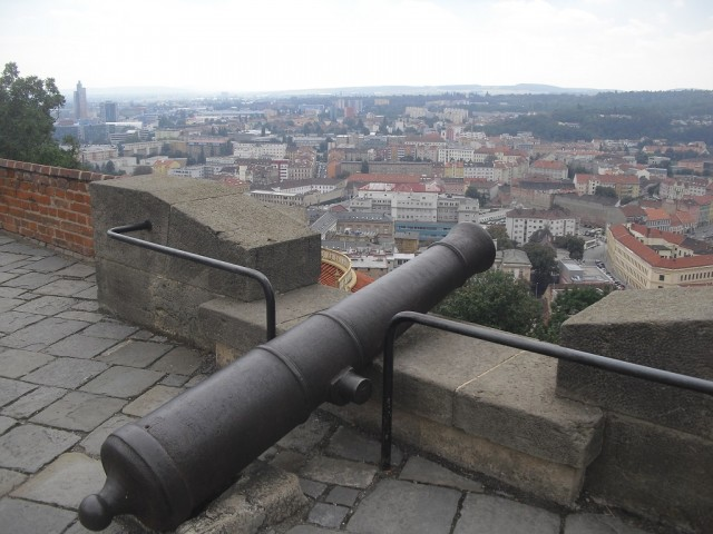 Výhled z hradeb na město Brno