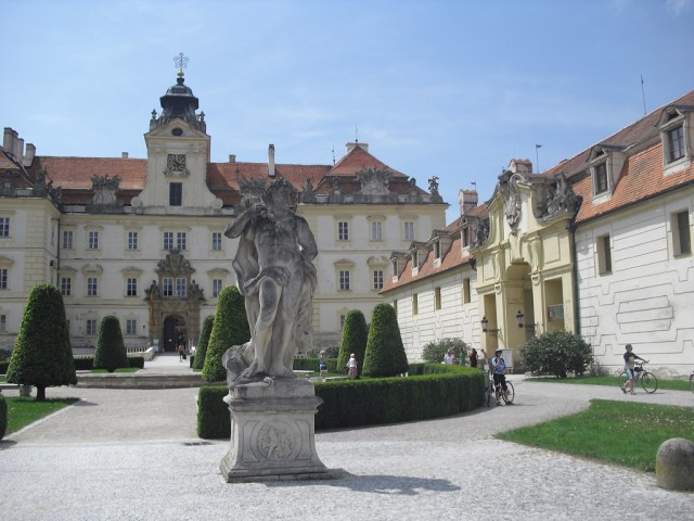 Průčelí zámku Valtice