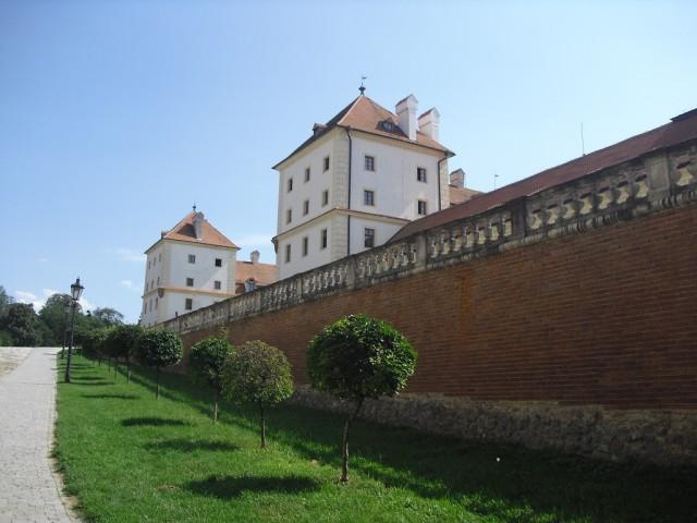 Přístup k zámku