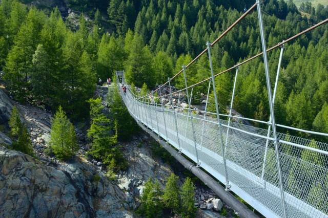Most poblíž města Zermatt - Švýcarsko