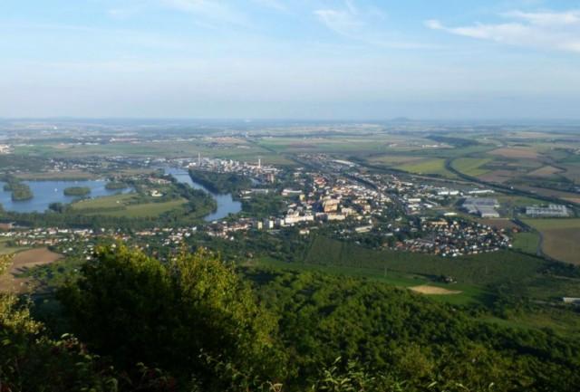 Výhled z Lovoše na Lovosice