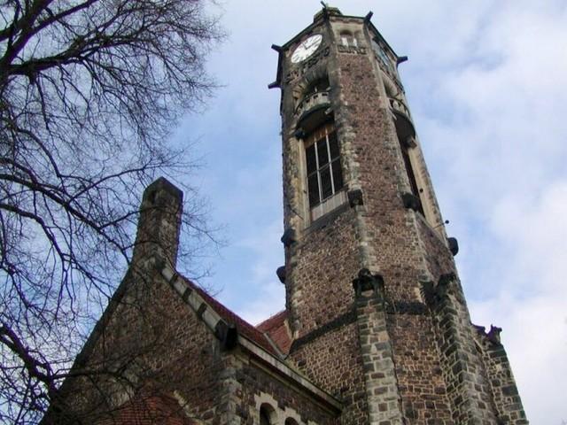 Hrob kostel