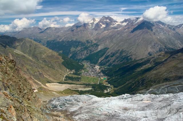Längflugh, výhled na Saas-Fee - Švýcarské Alpy