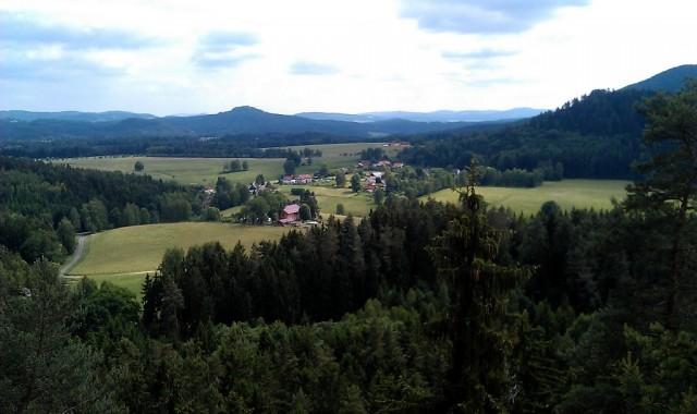 Výhled ze skalního hradu Šaunštejn - České Švýcarsko