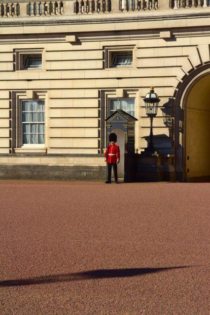 Čestná stráž u Buckinghamského paláce - Londýn