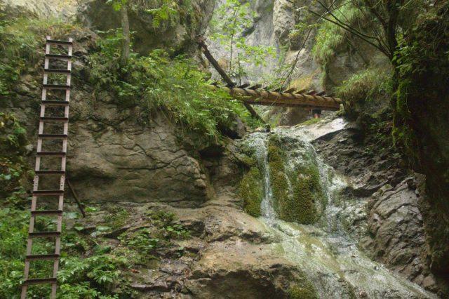 Vrchol Malého vodopádu v roklině Malý Kyseľ