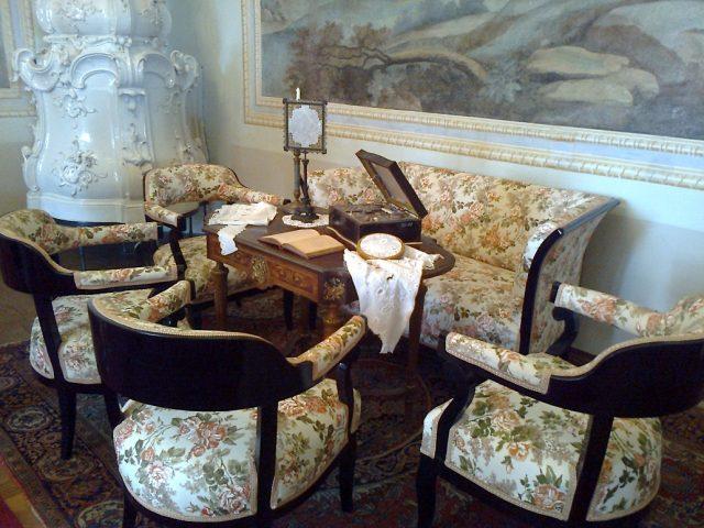 Klasicistní vybavení interiéru zámku