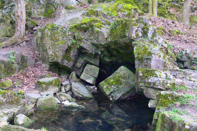 Vývěr jedovnického potoka, Moravský kras