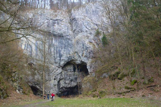 Portál jeskyně Býčí skála - Moravský kras