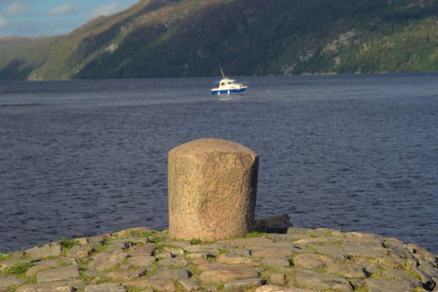 Jachty na jezeře Loch Ness mohou sloužit jako ideální potrava pro příšeru.