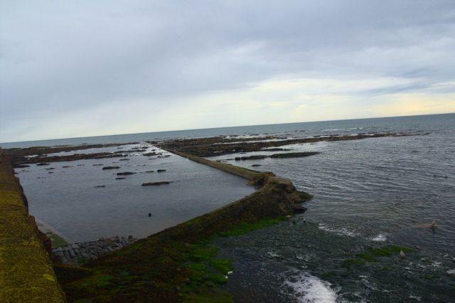 Moře poblíž Arbroath, Skotsko