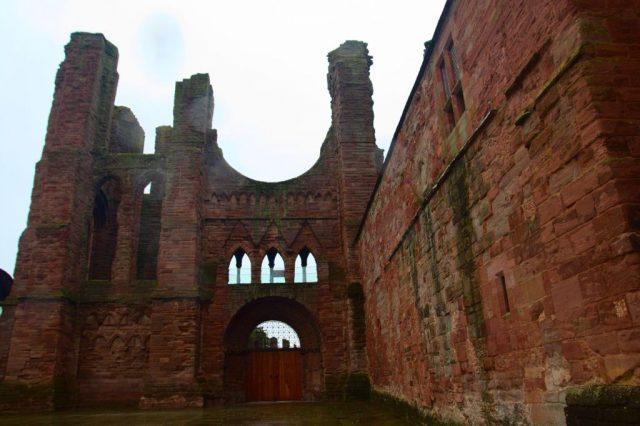 Arbroath Abbey (opatství v Arbroath), Skotsko