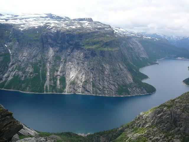 Krásný výhled na jezero