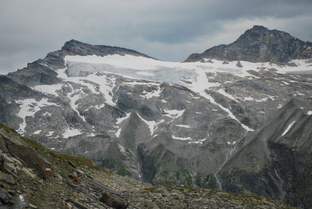 Pohled na ledovec u Granatscharte