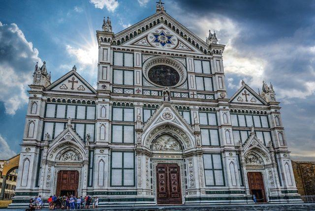 obr. 4. Kostel Santa Croce