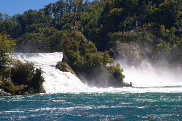 Rýnské vodopády - Neuhausen am Rheinfall, Švýcarsko