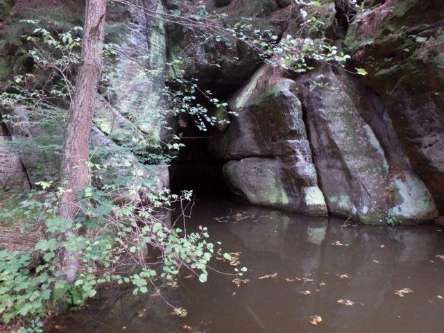 Rusalčina jeskyně