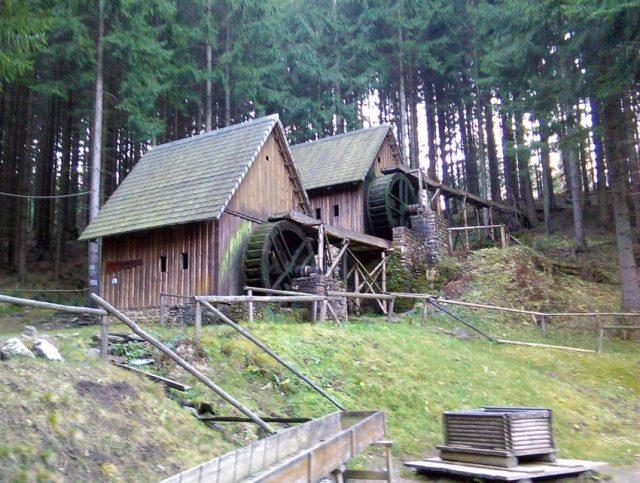 Zlatorudné mlýny ve Zlatých Horách