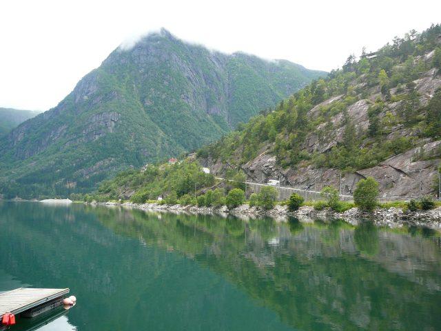 Bergen již zůstal za kopci