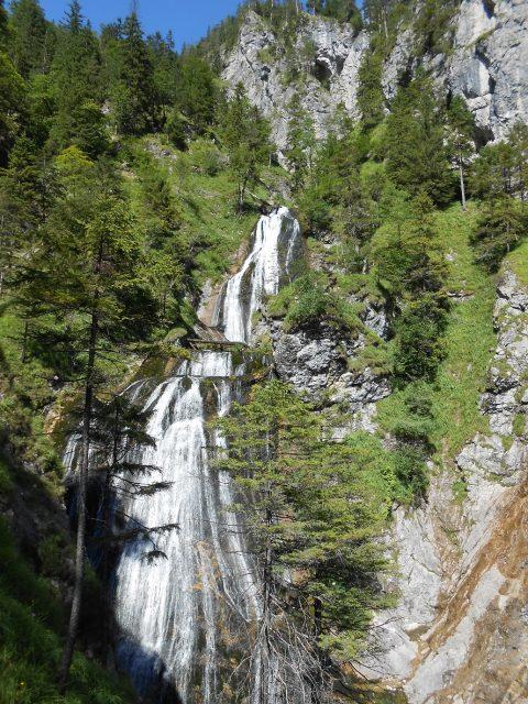 Jeden z úžasných výhledů na vodopády